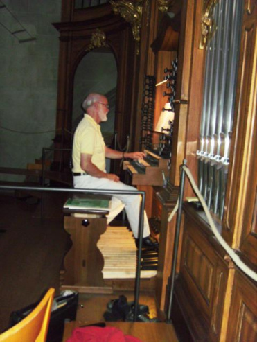 Christoph Wartenweiler —  Organist<div class='url' style='display:none;'>/</div><div class='dom' style='display:none;'>evang-frauenfeld.ch/</div><div class='aid' style='display:none;'>412</div><div class='bid' style='display:none;'>1969</div><div class='usr' style='display:none;'>4</div>